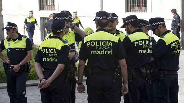 Se crea una comisión interna para detectar casos de «alteraciones psicológicas» en los policías de Madrid.