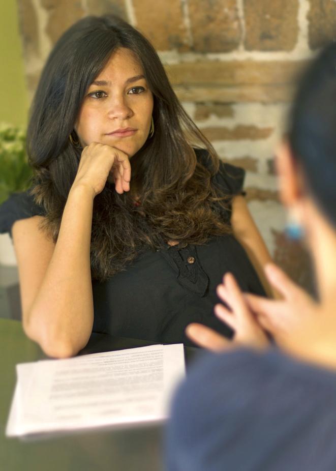 Rosario Linares: «La terapia online aporta comodidad, ahorro de tiempo y más acceso al psicólogo»