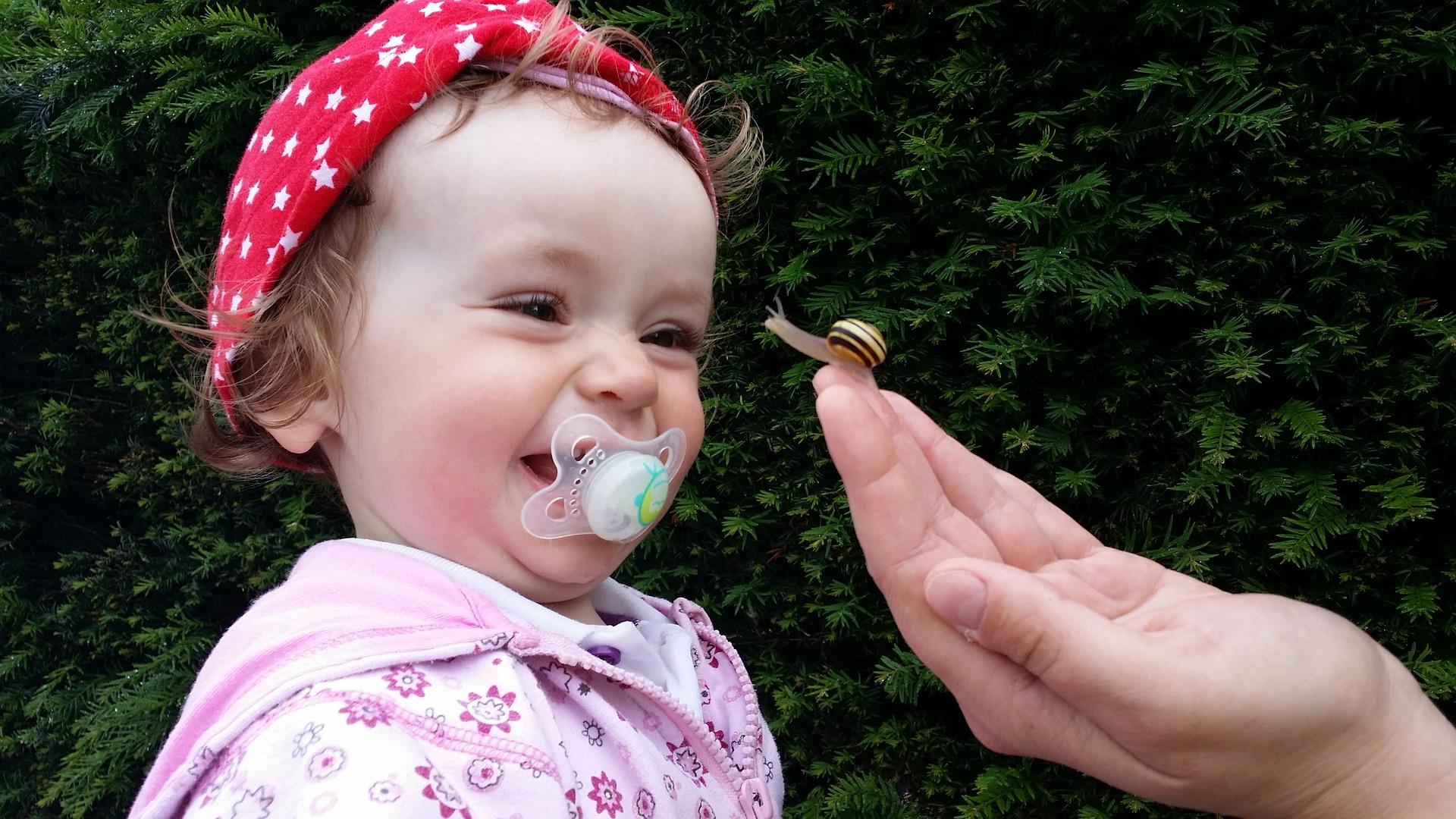 El apego y la vinculación positiva con bebés