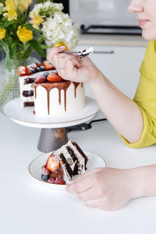Psicólogo online para gestionar el comer por ansiedad